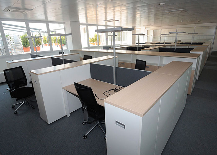 Mobili per bagno retro design casa creativa e mobili for Arredo ufficio padova