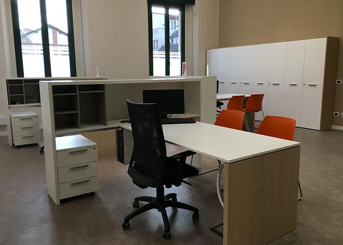 Arredamento Ufficio Brescia E Provincia : Arredo ufficio brescia per il comune di bellusco arredo ufficio